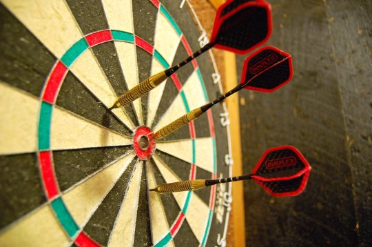 darts-856367_1920